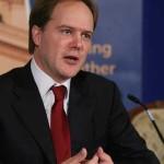 Ambasadorul Martin Harris: Experienţa României în lupta împotriva corupţiei va fi utilă statelor din regiune