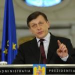 Antonescu ii propune lui Ponta sa discute cu ambasadorii SUA si statelor UE despre pactul de coabitare