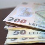 Economistul şef al BNR: Românii plătesc cele mai mari rate bancare din Europa în raport cu venitul disponibil