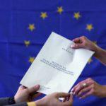 SONDAJ EUROPARLAMENTARE 2014: Dreapta ramane in frunte, avans puternic al euroscepticilor. Ordinea primelor trei locuri in Romania