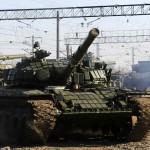 Kiev: Zeci de tancuri, echipamente şi trupe din Rusia au intrat în estul Ucrainei