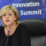 """New Europe: Corina Crețu este un """"politician abil"""", bătălia pentru nominalizare a fost feroce"""