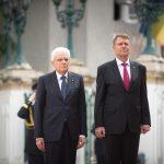 """UPDATE. Președintele Italiei, primit la Palatul Cotroceni. Klaus Iohannis: România dorește o prezență a NATO """"robustă, de descurajare"""" pe flancul estic al Alianței"""