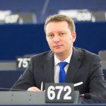 Eurodeputatul Siegfried Mureșan (PNL, PPE) a cerut oficial alocarea a 110 milioane de euro din Bugetul UE pentru fermierii afectați de pesta porcină africană, inclusiv cei din România
