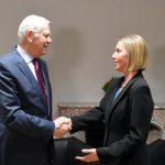 Șeful diplomației române, Teodor Meleșcanu, întrevedere cu Federica Mogherini, la Bruxelles. Situația din Republica Moldova și cooperarea cu NATO, pe agenda discuțiilor