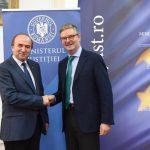 Comisarul european Julian King, întâlnire cu ministrul Tudorel Toader: Toate țările ar avea de câștigat dacă România ar fi parte din Schengen