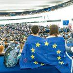 Eurobarometru: Candidați tineri și o mai bună informare privind impactul UE asupra vieților lor, principalele motive care i-ar aduce pe români la urne la alegerile europene din 2019